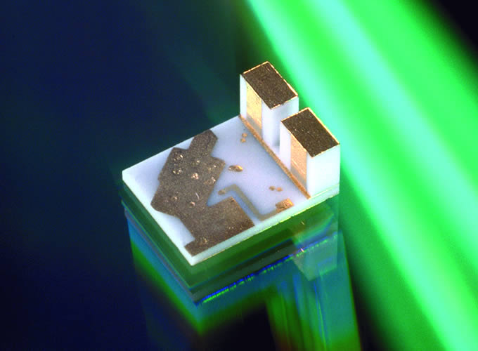 Photodiode mounts and carriers